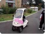 環境に優しい電気自動車体験